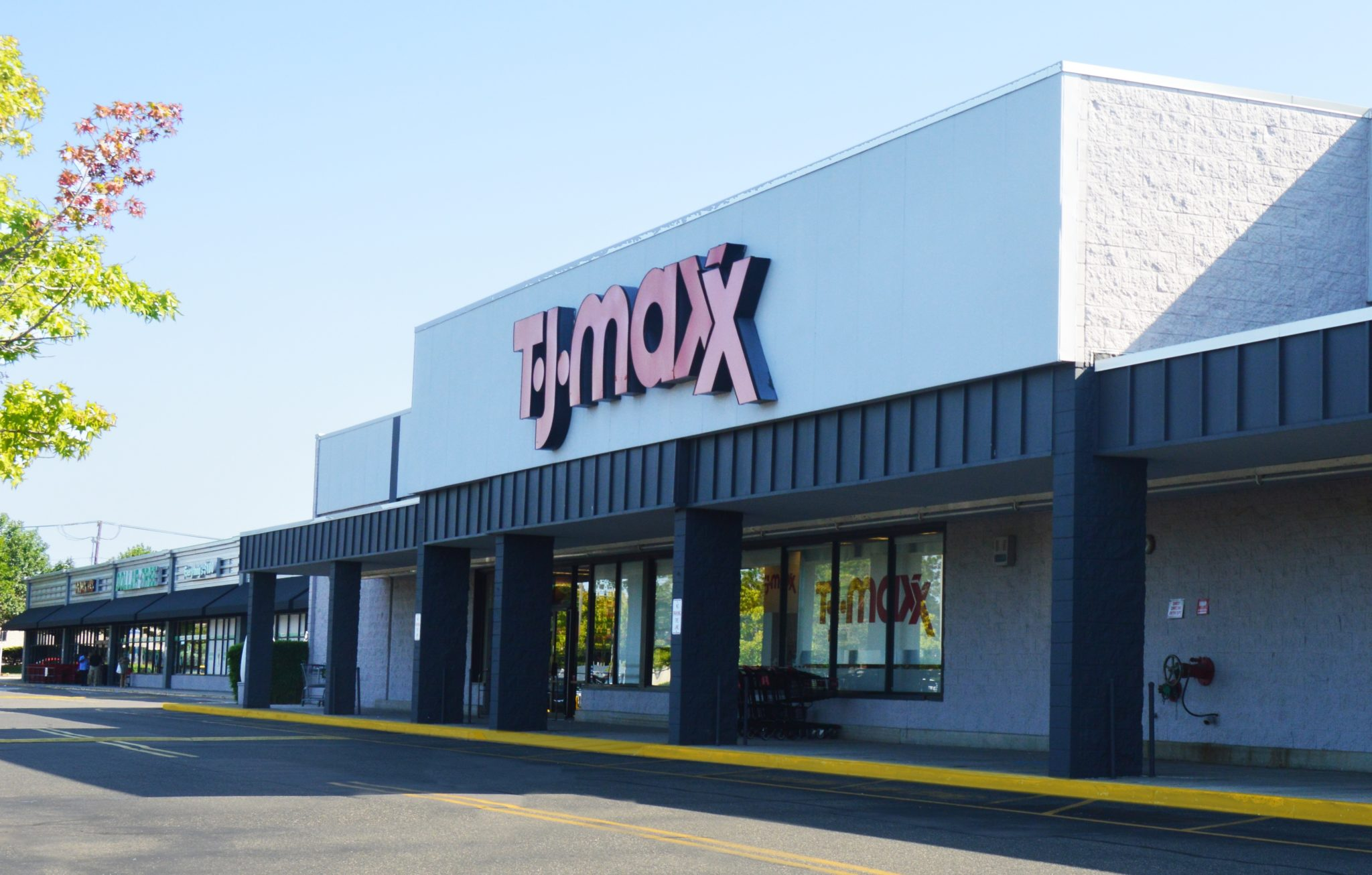 TJ-Maxx-Plaza cropped